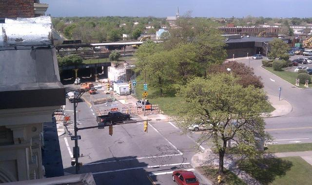 Overview of the bridge strengthening work on the railroad bridge over N. Clinton Avenue. 5-22-15 [PHOTO: NYSDOT]