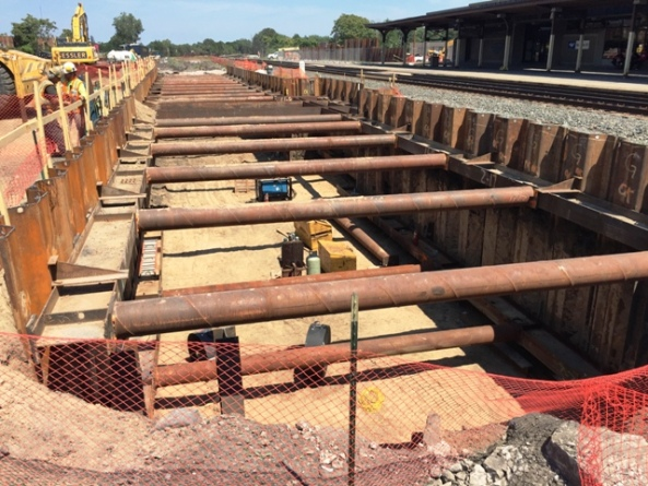 Platform sheeting and shoring, bottom horizontal support installation. Looking East. 7-28-15 [PHOTO: NYSDOT]